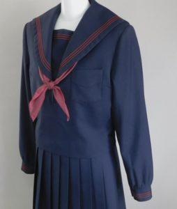 山口真子中学制服画像
